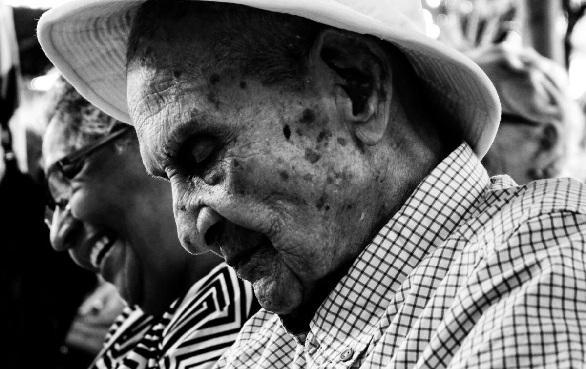 Es importante seguir estudiando el fenómeno de la longevidad saludable, compartirlas experiencias culturales, así como transmitir la experiencia de sus vidas, comoreflejo de una familia, de una comunidad, de un pueblo; que existan más espaciospara compartir con sencillez una sabiduría, ese el mejor legado.