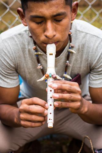 Musicalización: Flauta y tambor.